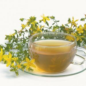 Из зверобоя полезно заваривать чай