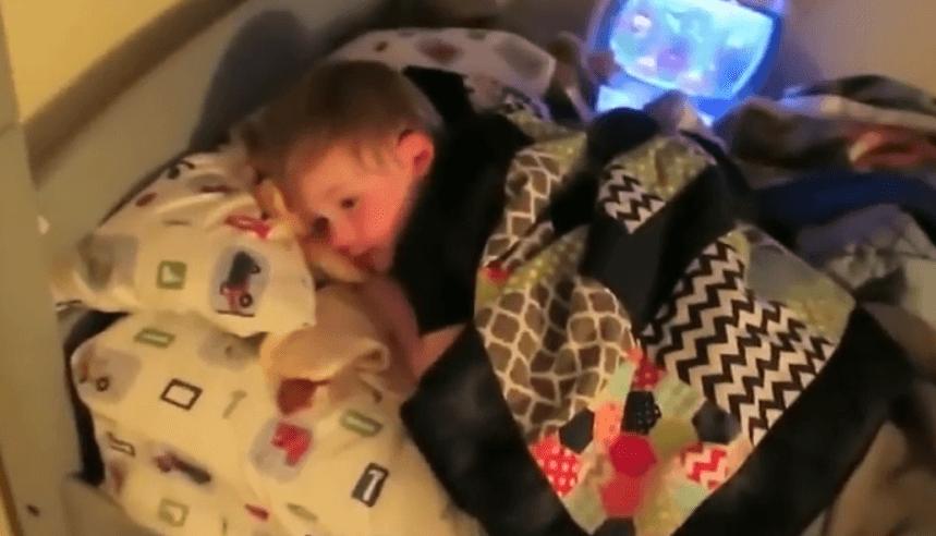 При первых симптомах гриппа необходим постельный режим
