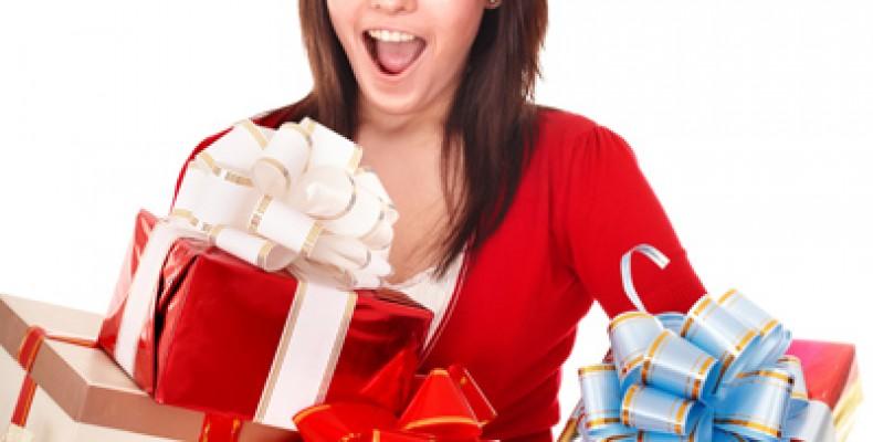 Что подарить на Новый Год девушке